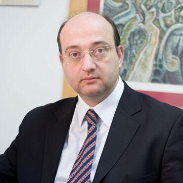 Δρ. Νικος Μπογονικολός